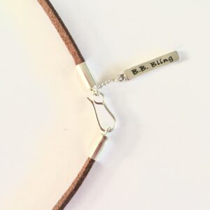 suede_necklace_brown_bb